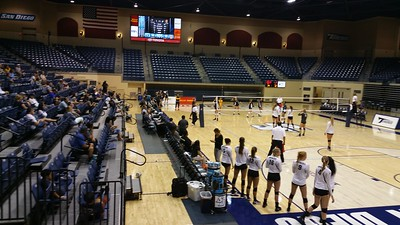 Sept 2016 USD volleyball game