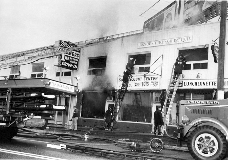 Fire scene at Schneiders at 2583 Morris Ave between Bashford & Schneider Aves in the 1960's.