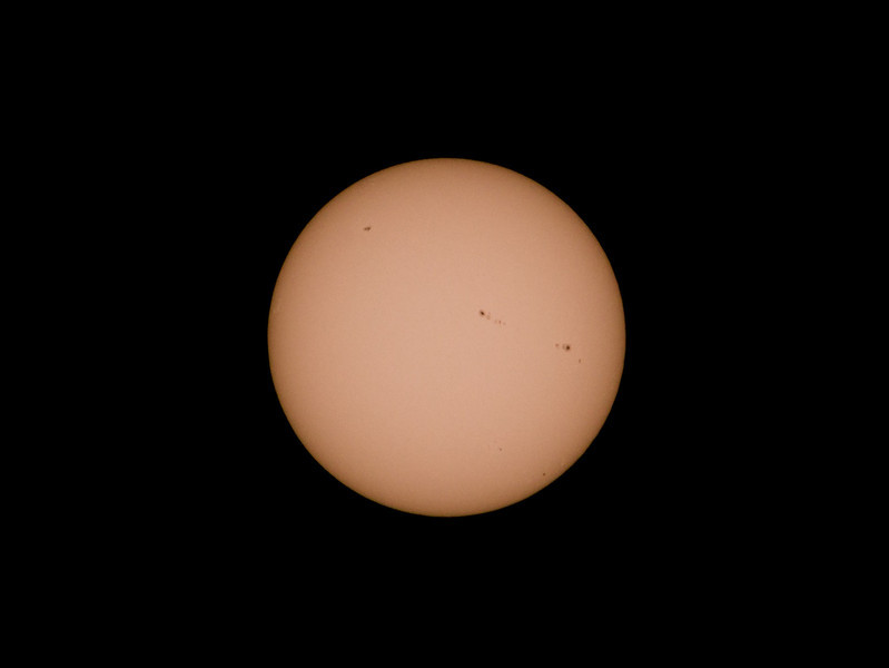 Sun spots taken with G3 and 300mm Takumar.