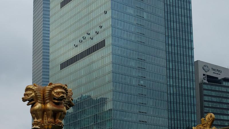 Shanghai Window Cleaners-II-DSCF0538.jpg