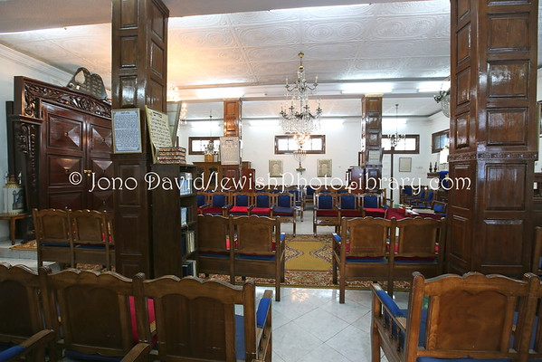 MOROCCO, Casablanca. Em Habonim Synagogue (3.2015)