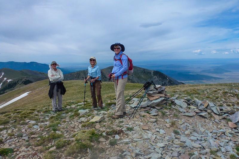 Randy, Perrianne and Stef atop Venado Peak