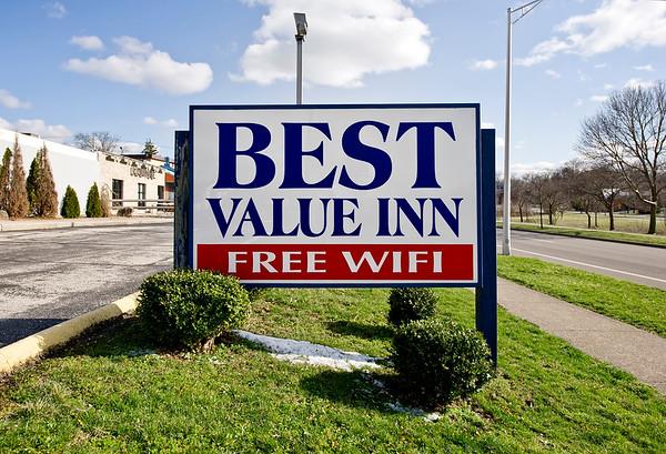 Best Value Inn Bloomington
