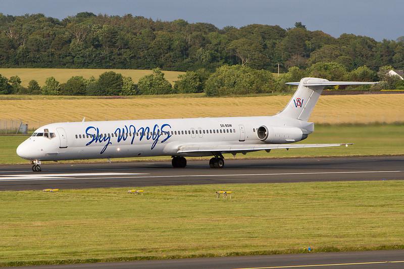 SX-BSW. McDonnell Douglas MD-83. Sky Wings. Prestwick.120707.