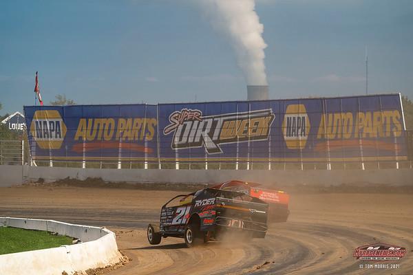 Oswego Speedway Super DIRT Week