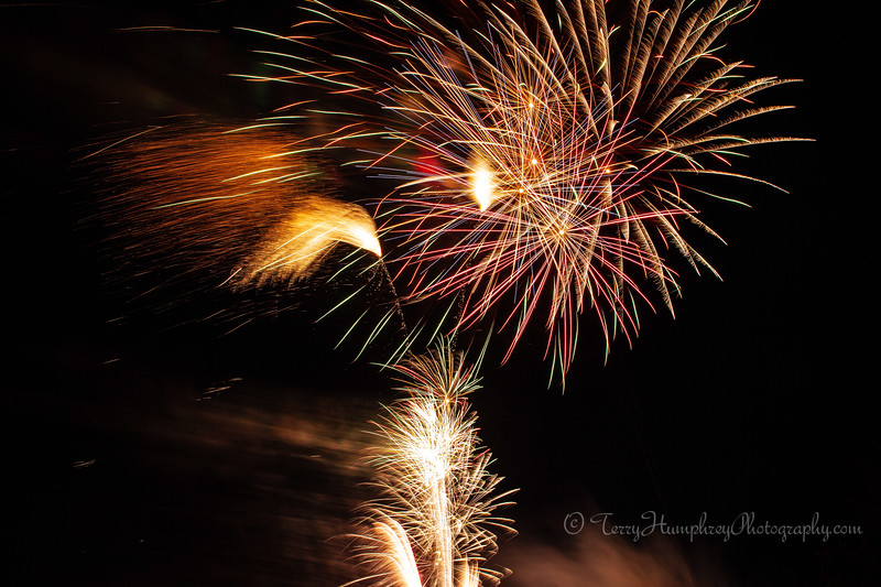 2019 Paradise Fireworks-119.jpg