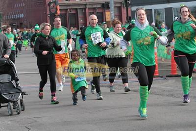 5K Finish Gallery 4 - 2015 St. Patrick's Parade Corktown Races