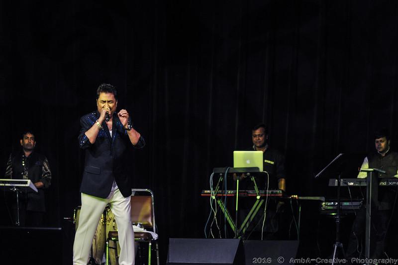 2016-10-09_DurgaPuja_Concert_KumarSanu@KallolNJ_15.jpg