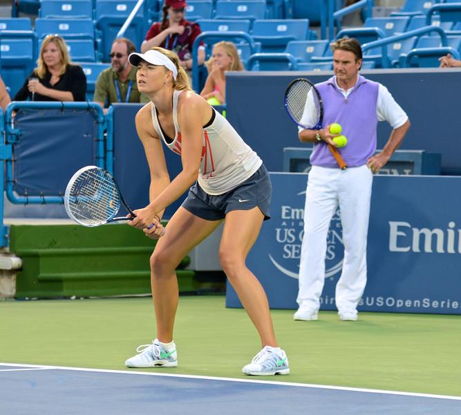 Sharapova in practice