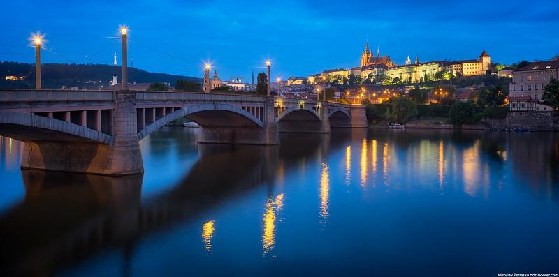 Prague_DSC4139-Pano-web.jpg
