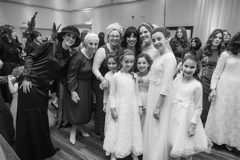 Miri_Chayim_Wedding_BW-715.jpg