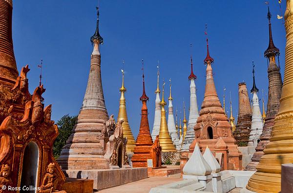 Shwe Inn Tain Pagoda, Inle Lake