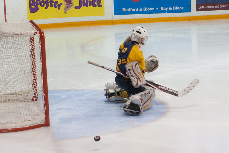 20130310 QWHockeyvsUBC 603.jpg