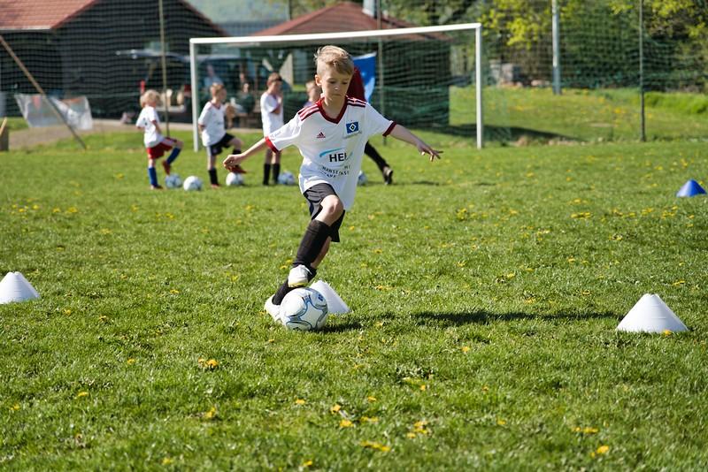 hsv-fussballschule---wochendendcamp-hannm-am-22-und-23042019-w-8_40764453773_o.jpg