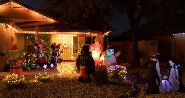 Phoenix Adobe Highlands Neighborhood Lights 24 December 2018