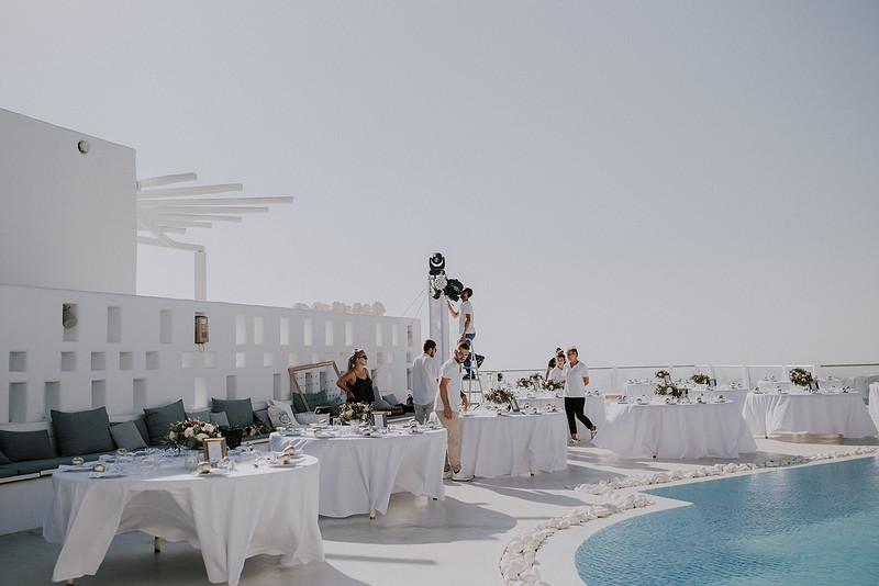 Tu-Nguyen-Destination-Wedding-Photographer-Santorini-Rocabella-Hotel-Euna-Ehsan-242.jpg