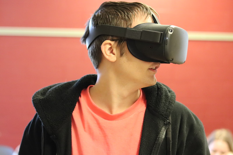 Art and Virtual Reality Classes