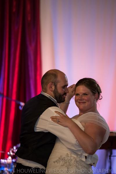 Copywrite Kris Houweling Wedding Samples 1-125.jpg