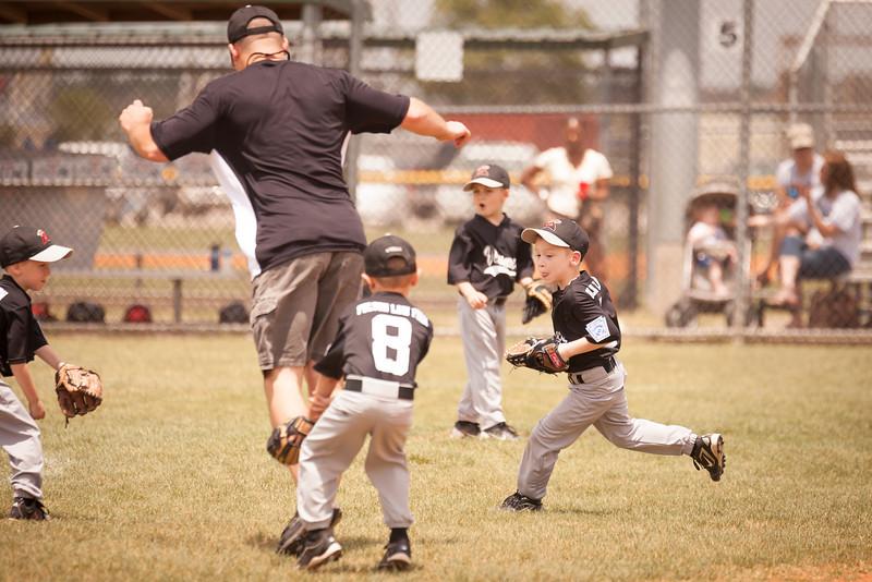 Younger Baseball-58.jpg