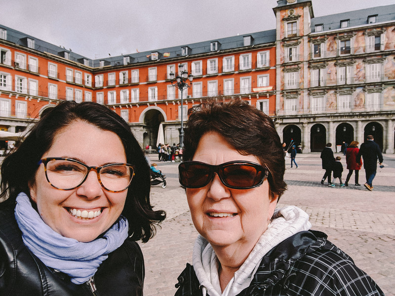 madrid mom and I at the plaza 2.jpg