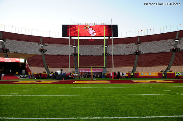 USC Football v UCLA 2011 - Pre-game & Senior Day