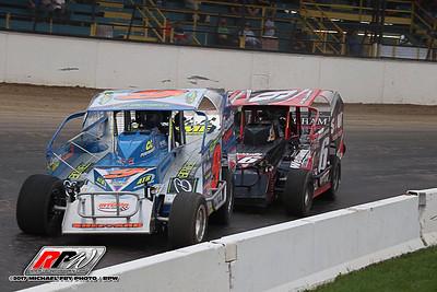 Oswego Speedway - 10/7/17 - Michael Fry