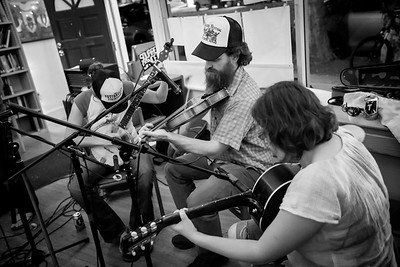 Squirrelly Stringband with caller Jordan Ruyle at Niebyl-Proctor Marxist Library October 3,2014