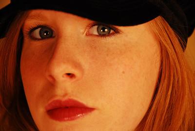 2008.03.20 - Jen - Peyton PhotoShoot Fun