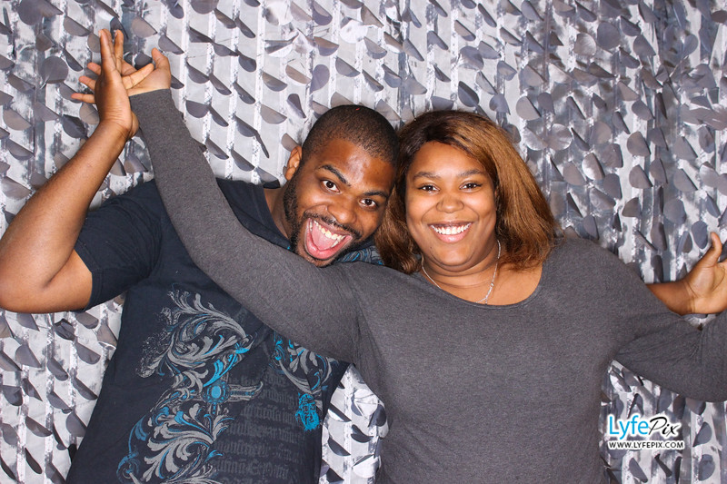 red-hawk-2017-holiday-party-beltsville-maryland-sheraton-photo-booth-0030.jpg