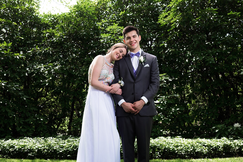 Meaghan and Levi-2490.jpg