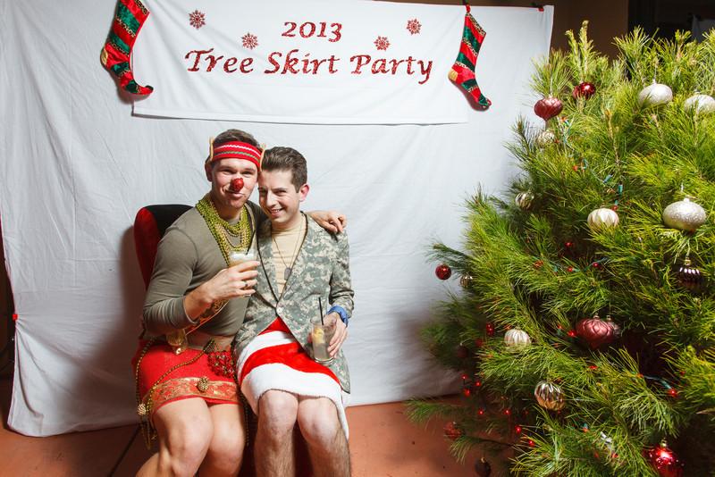 TreeSkirt2013-247.jpg