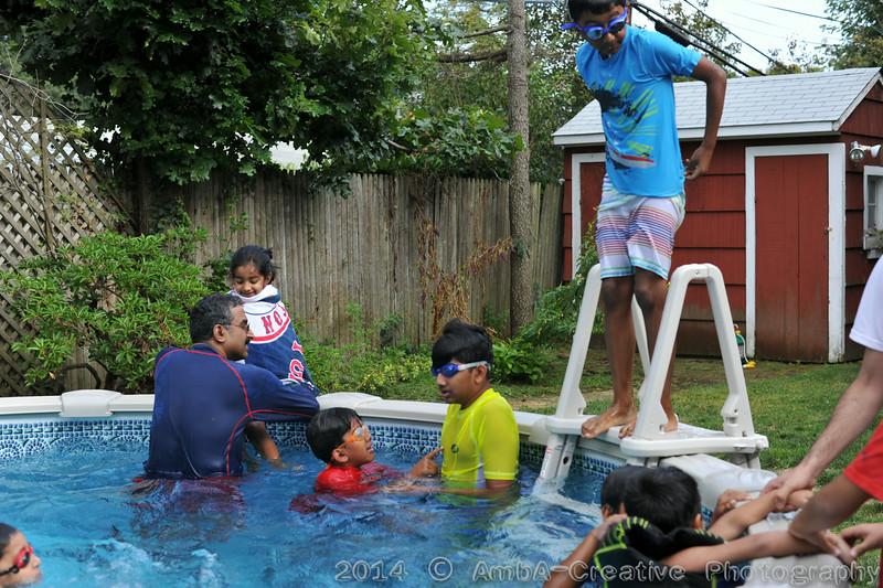 2014-08-23_BarBQ_PoolParty@MunnyKakHomeWantaghNY_001.jpg