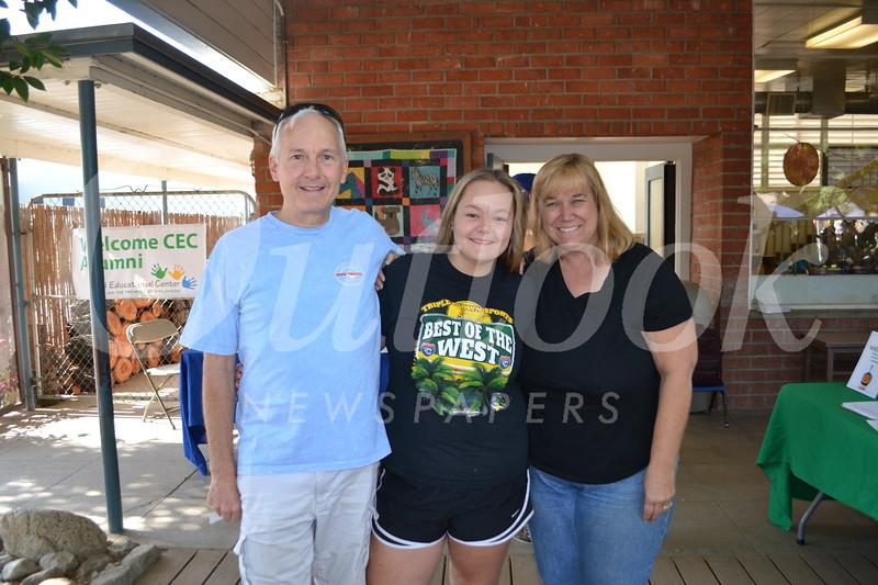 DSC_ Scott, Mollie and Dianne Parker 0791.JPG