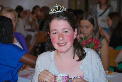 13-10-21 9th grade girls Princess Tea