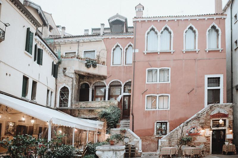 Tu-Nguyen-Destination-Wedding-Photographer-Vow-Renewal-Venice-Italy-Hochzeitsfotograf-Italien-Venedig-25.jpg