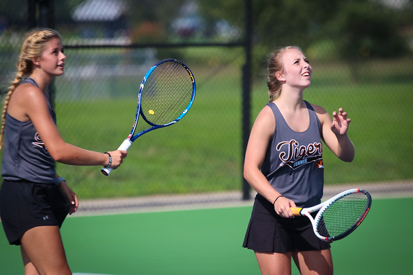 20180827 Tennis vs Nixa