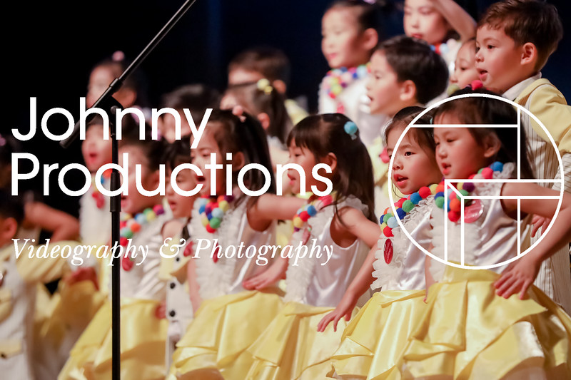 0011_day 1_yellow shield_johnnyproductions.jpg