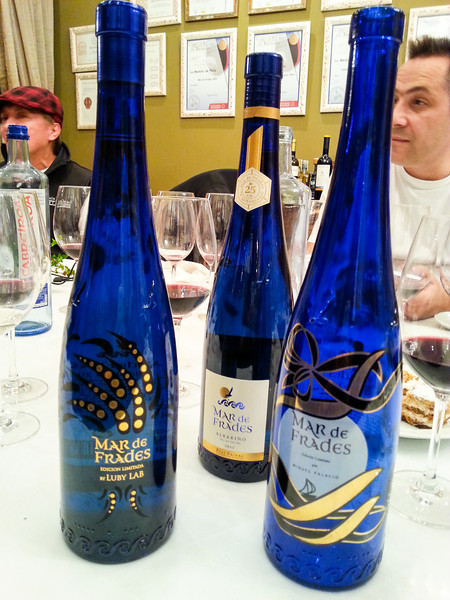 mar de frades bottles.jpg