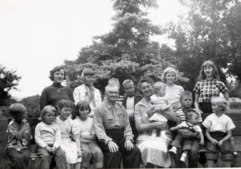 The Grandkids with Edwin and Anna Ralph