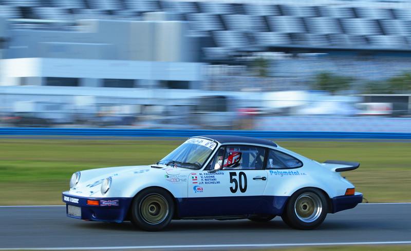 Classic24-2015_6397-#50-Porsche911.jpg