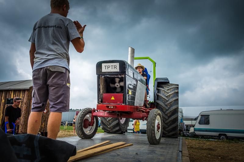 Tractor Pulling 2015 XE2-2475.jpg