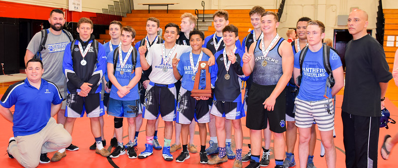 Clay County Wrestlers at District