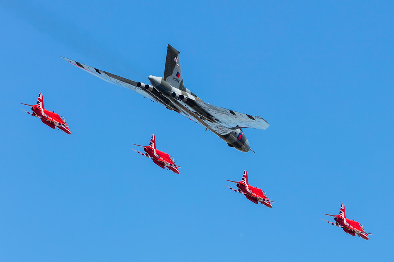 RedArrows-RoyalAirForce-2015-07-19-FFD-EGVA-_K6A3718-DanishAviationPhoto.jpg