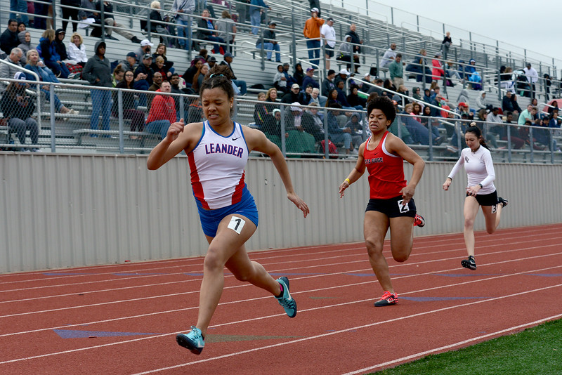 HS-Track-13-6A-District-Championships_017.jpg