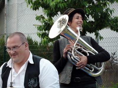 EVENEMENTIELS Concerts-Spectacles / LATCHAV - Latchav sort ses valises, 2012 - Couleurs