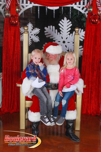 Santa 12-10-16-414.jpg