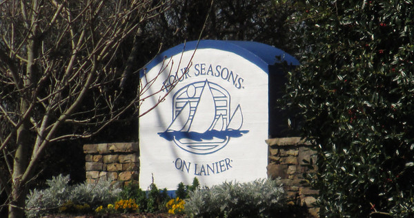 Four Seasons On Lanier Flowery Branch