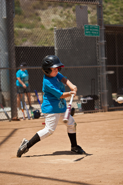 110628_CBC_BaseballCamp_4217.jpg