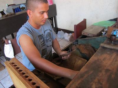 Fabricas de puros en Granada, Nicaragua 7oct11