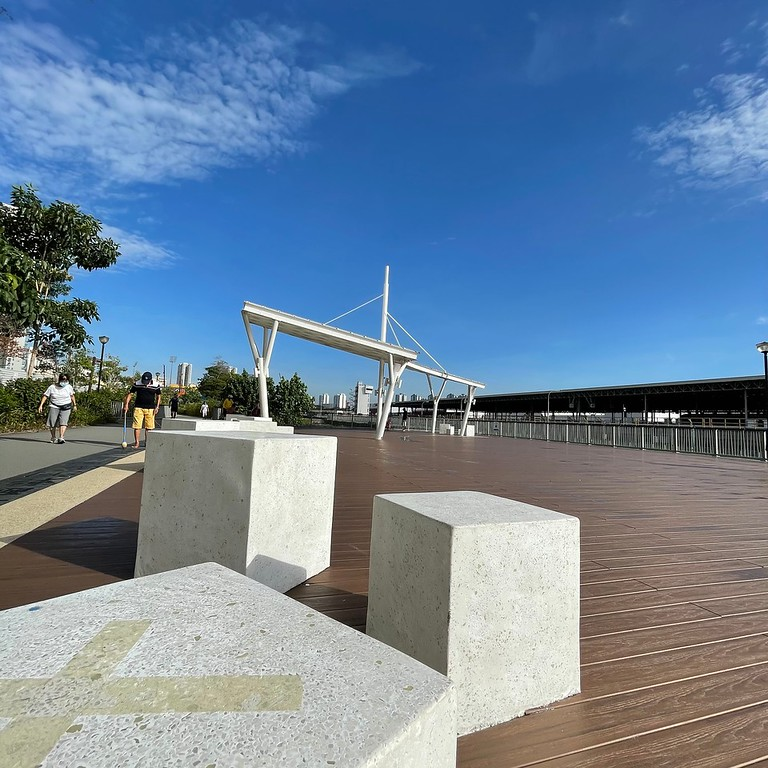The community deck at Kallang Park Connector : Bishan to Braddell